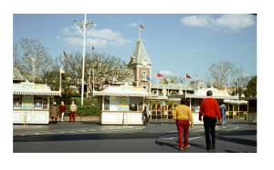 A surprisingly uncrowded entrance to Disneyland