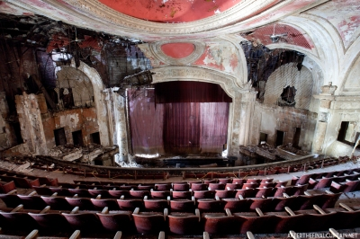 The Orpheum Theatre before renovation